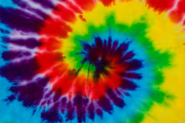 Get Crafty: How To Tie Dye a Shirt